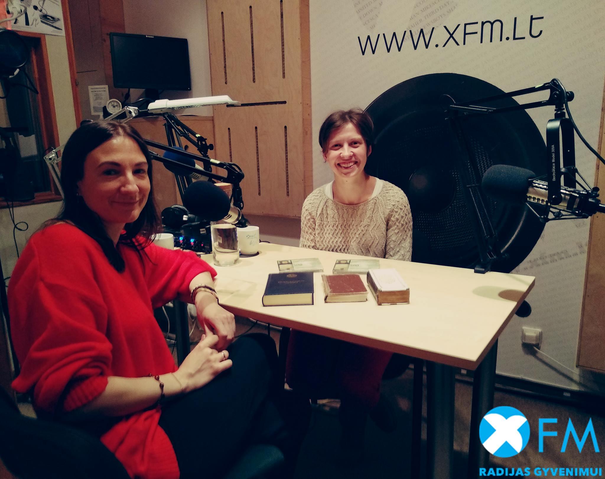 2018 10 XFM Po knygos virseliu